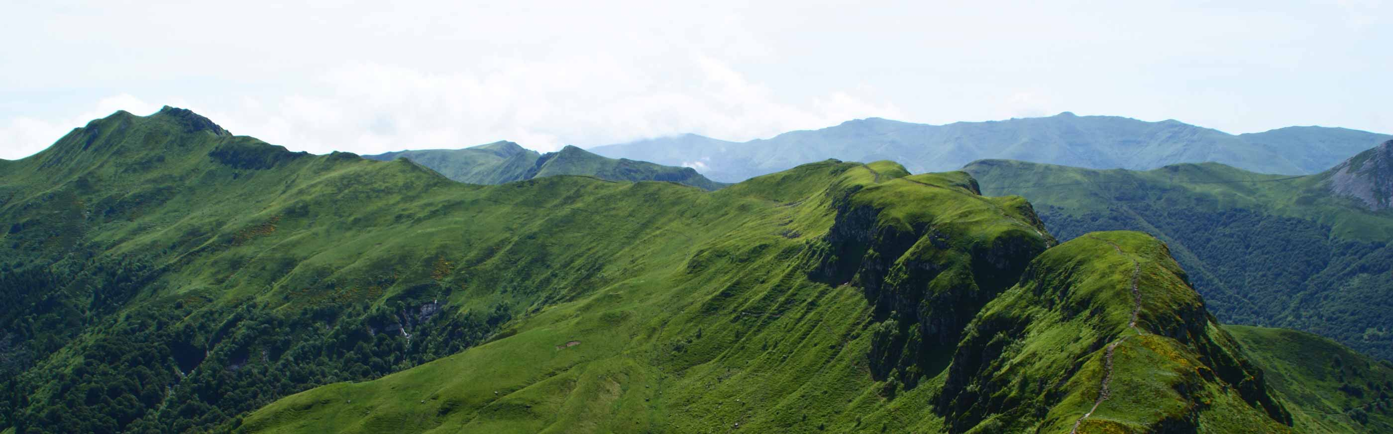 paysage cantal volcan auvergne